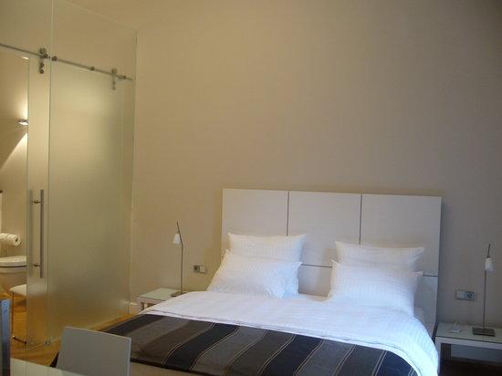 Hotel Liebig : Das Zimmer war sehr geschmackvoll, und mit viel Liebe zum Details eingerichtet.
