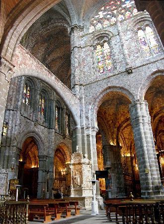 Imponente interior de la catedral picture of avila province of avila tripadvisor - Hotel puerta de la santa avila ...