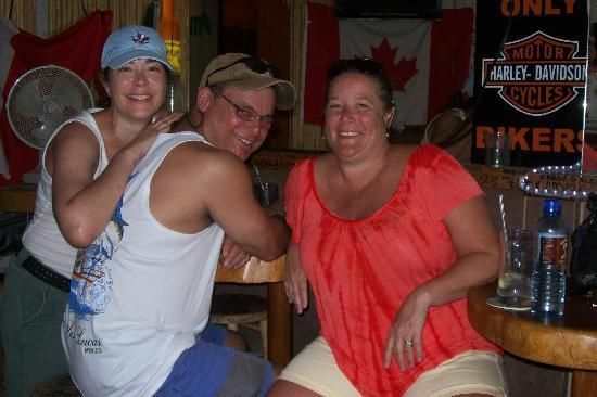 Shots Bar and Grill: Turista