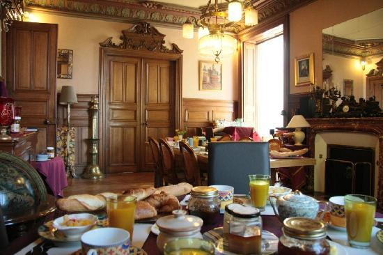 Le petit déjeuner à la Villa Primerose