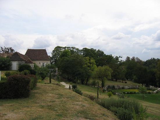 La Chartreuse du Bignac : autre vue depuis la piscine