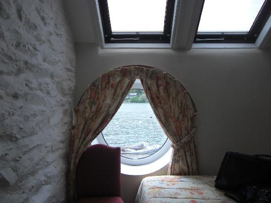 T'yn y Cornel Hotel: A room with a view - of Talyllyn!