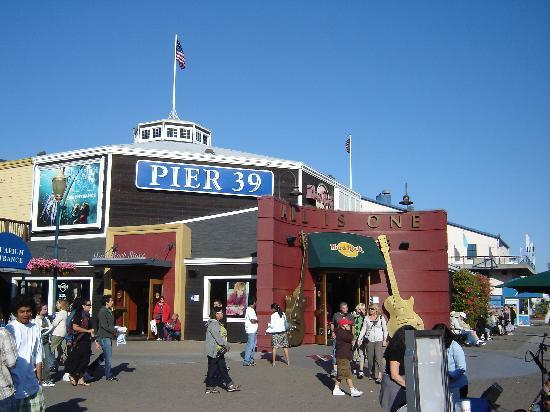 Hard Rock Cafe Pier  Review