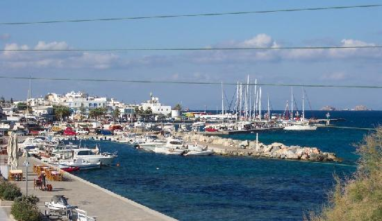 Hotel Paros: View from balcony towards Aimani Port