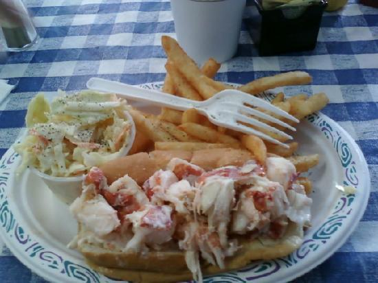Cap't Cass Rock Harbor Seafood : Lobster roll at Capt. Cass in Rock Harbor