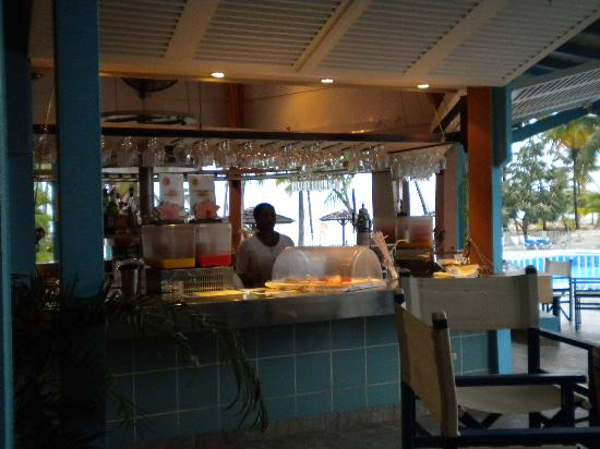 Le Bar Le Touloulou Photo De Hotel Fleur D Epee Le Gosier