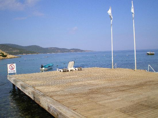 Onura Holiday Village: View of the sea from the jetty