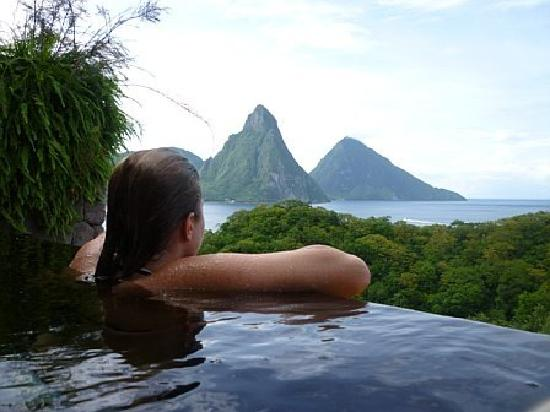 Jade Mountain Resort: the infinity pools were incredible