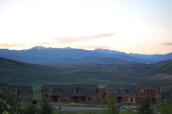 Granby, CO: Evening view from condo deck