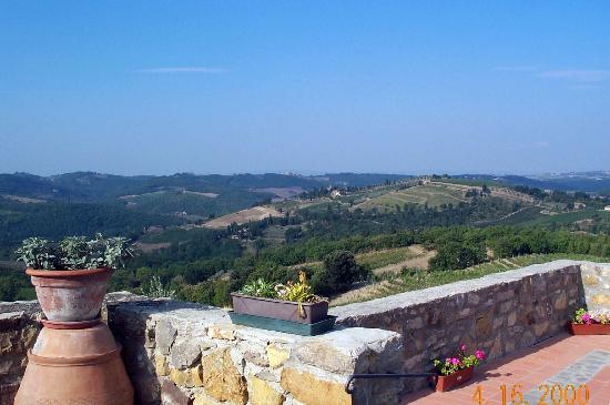 Il Vallone di Cecione : The view from the patio is wonderful and ever-changing