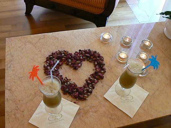Singer Sporthotel & SPA : petits cocktails de fruits frais pendant notre soin au SPA