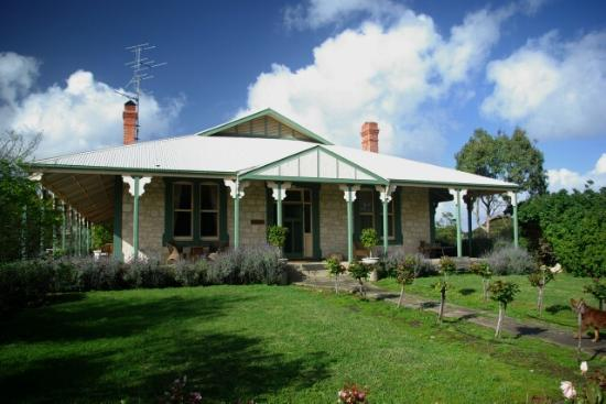 Stranraer Homestead: A closeup view of the homestead