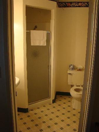 Sierra Inn : Bathroom