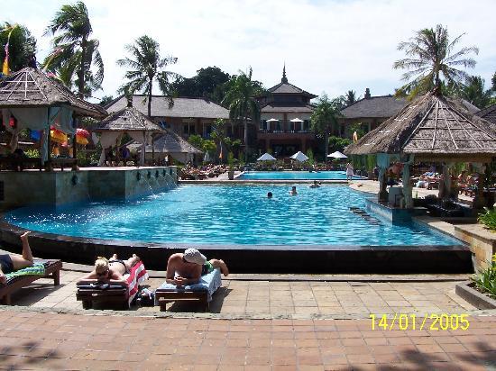 Hotel Legian Beach Resort