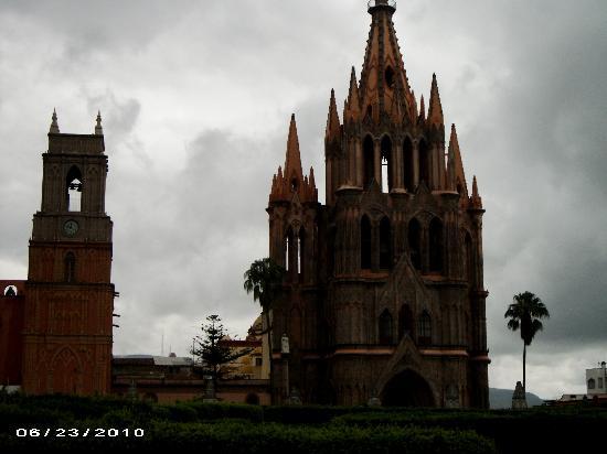 Las Terrazas San Miguel: Church in Center of Town