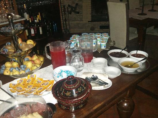 فيكيا ماسيريا: Breakfeast