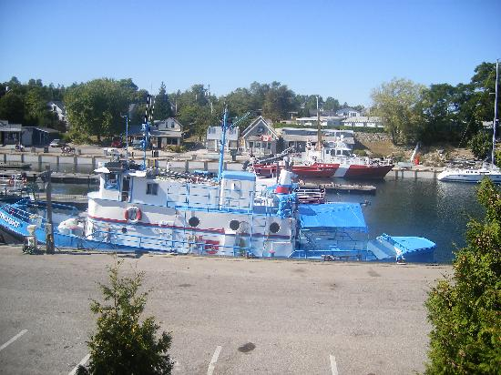 Bruce Anchor Motel and Cottage Rentals: Big Tub Harbour, Tobermory