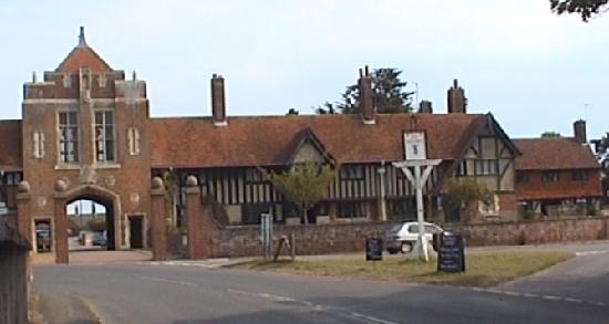 The Dolphin Inn: Alms house across the road from the pub