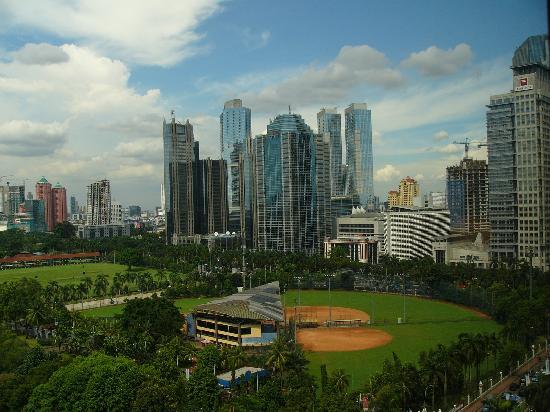 窓から見える風景 Picture Of Century Park Hotel Jakarta Tripadvisor