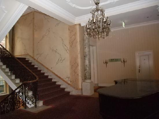 Dom Hotel Koeln: ホテル内