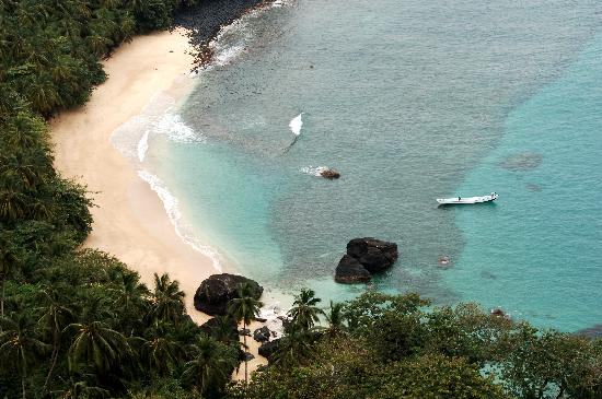 Santo Tomé y Príncipe: Beautiful Banana Beach - Photo by Africa's Eden