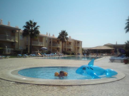 Jardins Vale de Parra: By the pool
