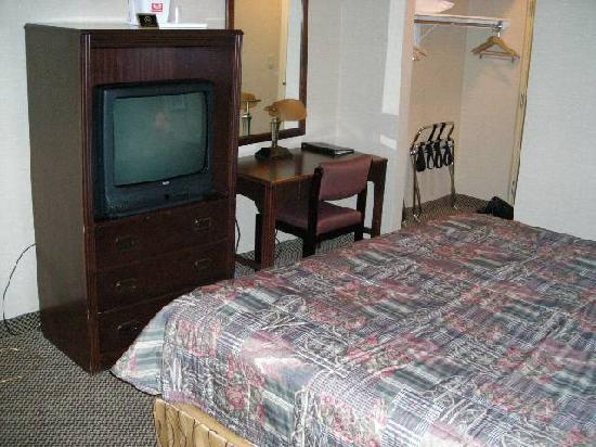 Econo Lodge City Centre: 部屋