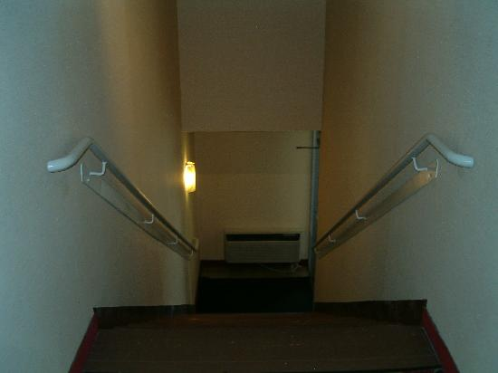 Holiday Inn - The Grand Montana Billings: Stairwells today