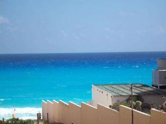 Fiesta Americana Condesa Cancun All Inclusive: The water looked great