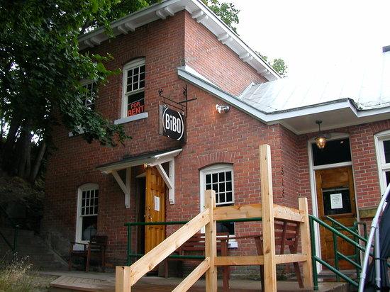Nelson, Canada: Exterior of Bibo