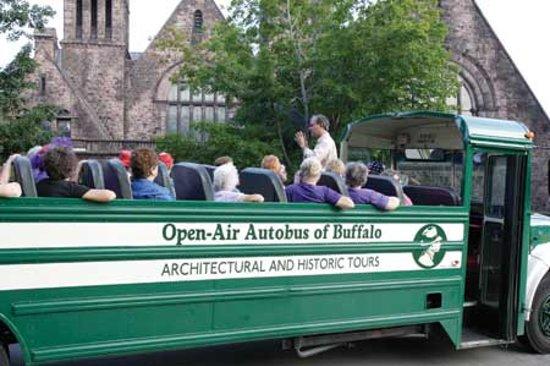 Buffalo, État de New York : Open air autobus