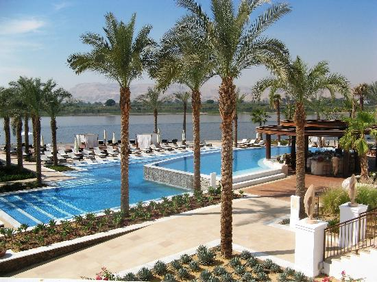 Hilton Luxor Resort & Spa: Luxor Hilton Pool on the Nile River