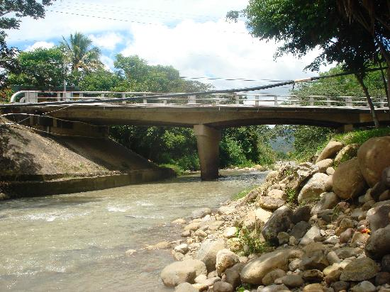 Vista del río a 5km. de Esquipulas