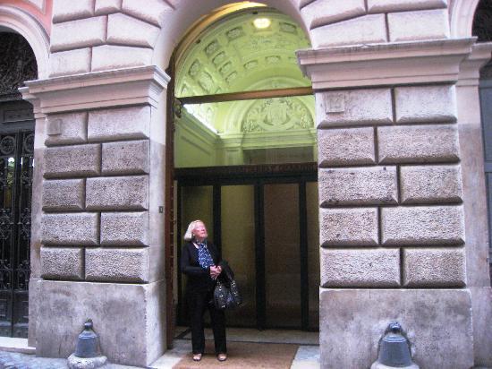 Centro Accoglienza Padre Minozzi: Entrada Centro Accoglienza P. Minozzi