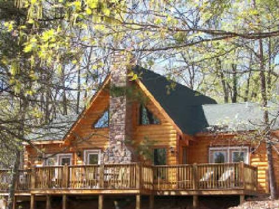 Ridgedale, MO : Back Of Cabin