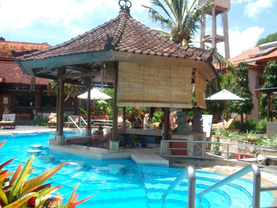 Kuta Beach Club Hotel Pool