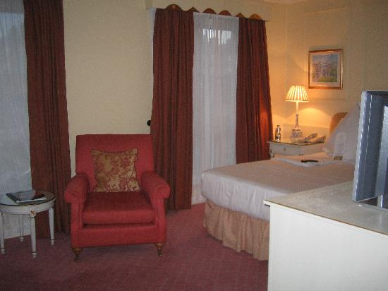 The Merrion Hotel: my room