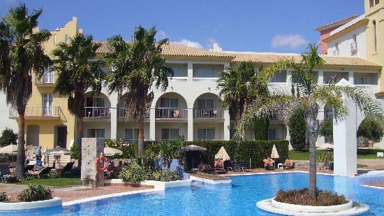 Hotel Fuerte Conil - Costa Luz : Hôtel vu du solarium 2