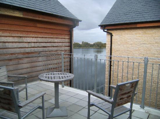 De Vere Cotswold Water Park: Our balcony view
