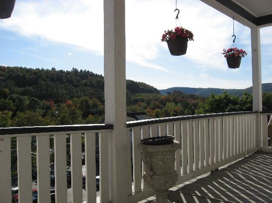 Thayers Inn: Back Porch