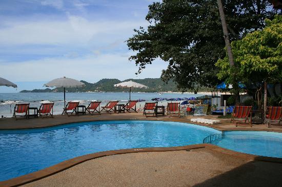P&P Samui Resort: La piscine de l'hotel