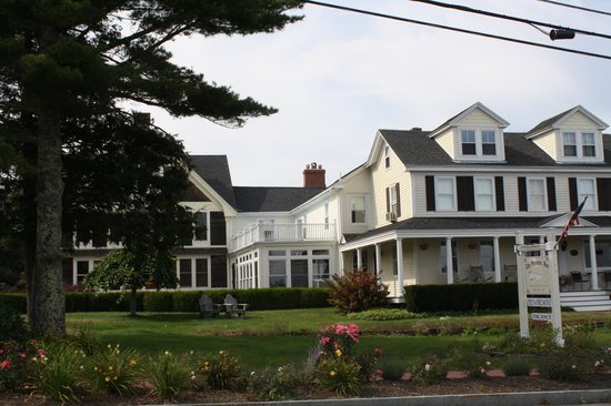 Lincolnville, ME: Original Inn with added-on section to left