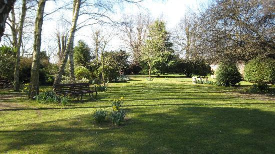 Crostwick, UK: old rectory gardens in spring