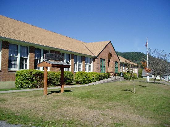 Mt. Rainier Scenic Railroad: School house