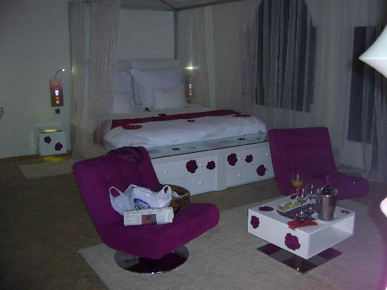 Murano Resort Marrakech: Our living area/bedroom