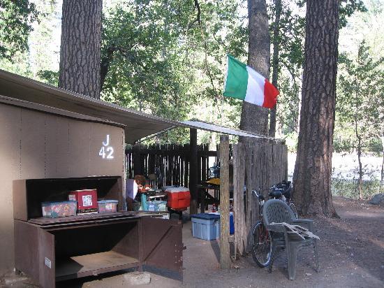 Housekeeping Camp : HOUSEKEEPING TENT AREA