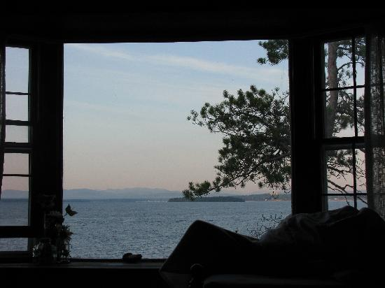 Sunnyside Bed & Breakfast: view from the bed