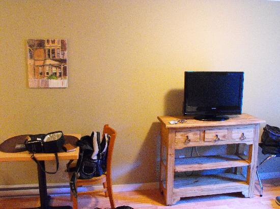 The Stonewater Motel : kitchen