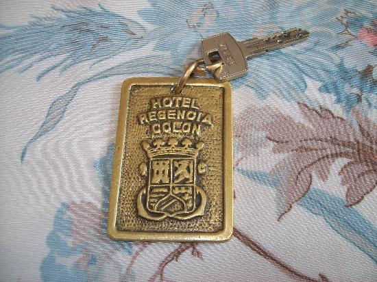 Regencia Colon Hotel: Room key