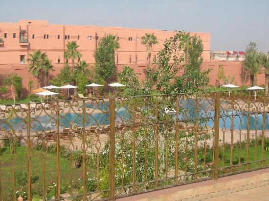 Palm Plaza Marrakech Hotel & Spa: Vistas desde la terraza de la habitación
